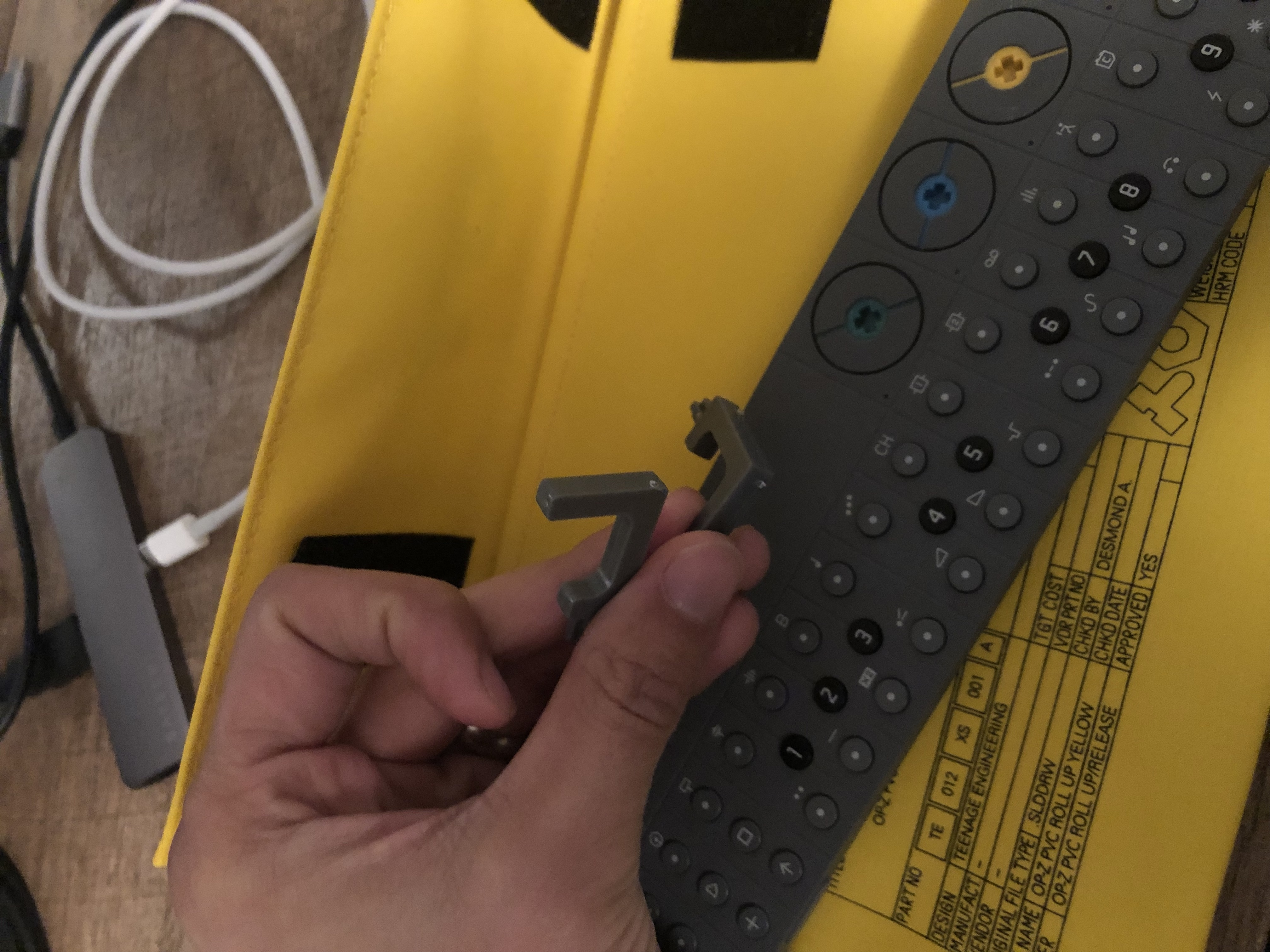 OP-Z iPhone Stand 1